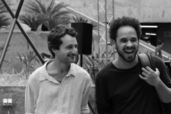 1 Concurso de Música de Rua Toca Aí Pátio Metrô São Bento Duo Choro Livre