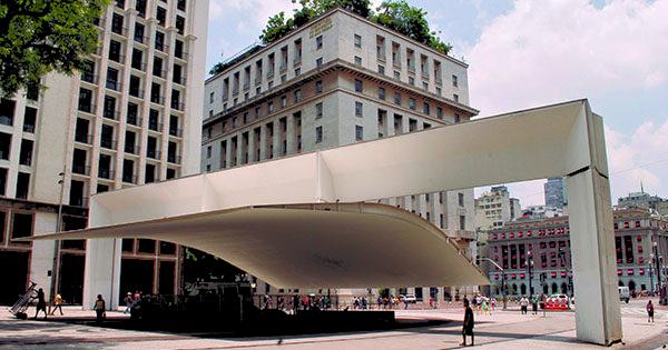 Viva SP Pátio Metrô São Bento Tour Guiado pelo Centro Histórico Caminhos do Triângulo Praça do Patriarca
