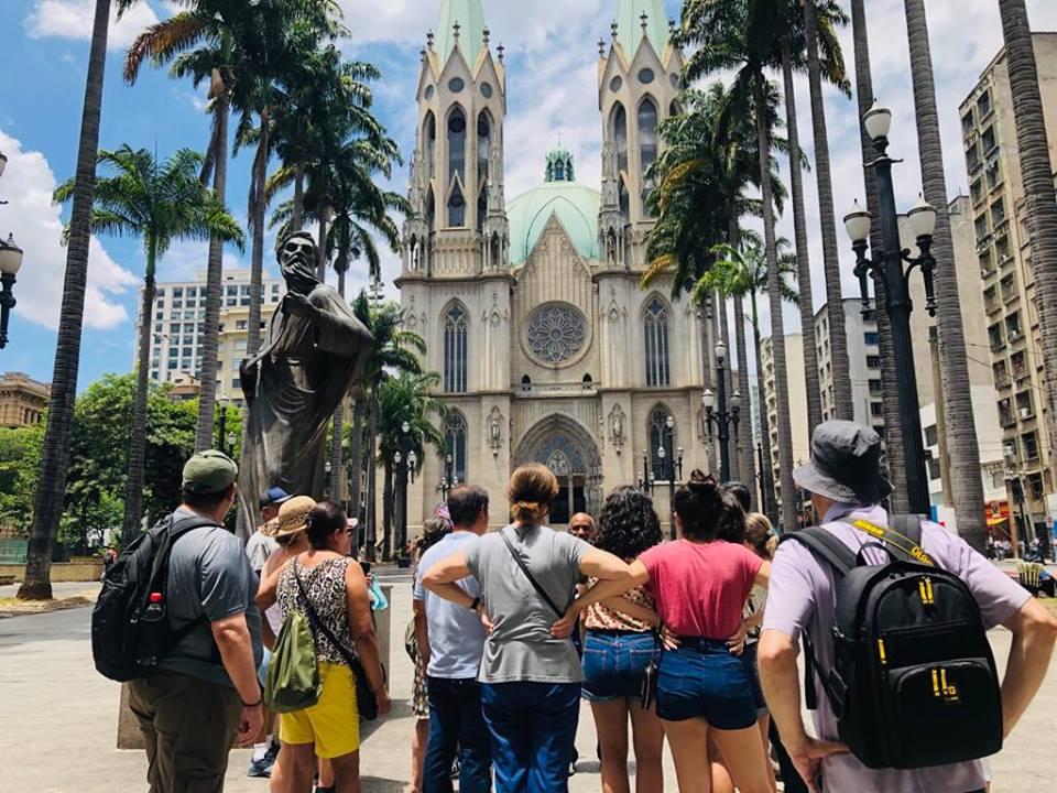Tour Guiado no Centro Histórico Pátio Metrô São Bento